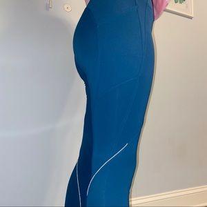 Lululemon Athletica 21' Crop Leggings Size 8